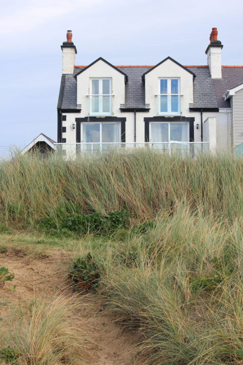 Hoseasons Luxury Seaside Cottage Stay In Anglesey