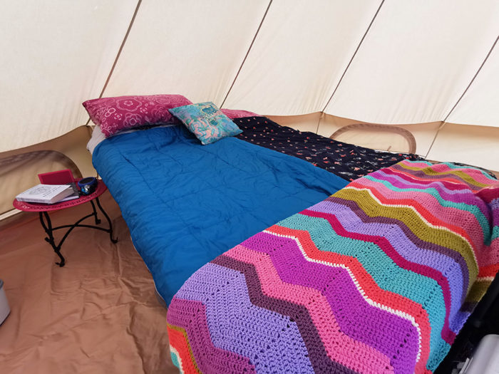 Camp bed guide