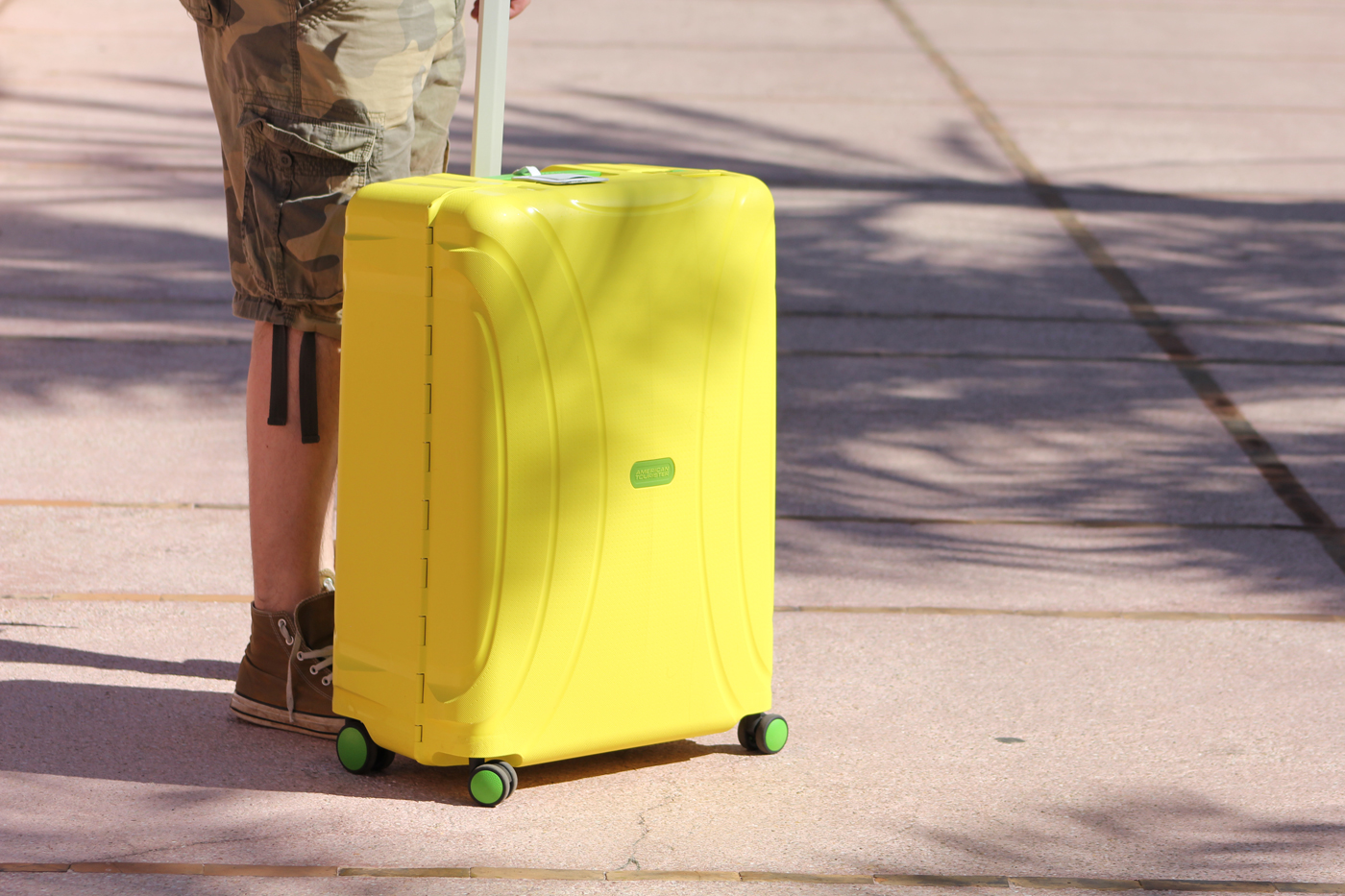 American Tourister Lock N Roll Spinner Luggage Review