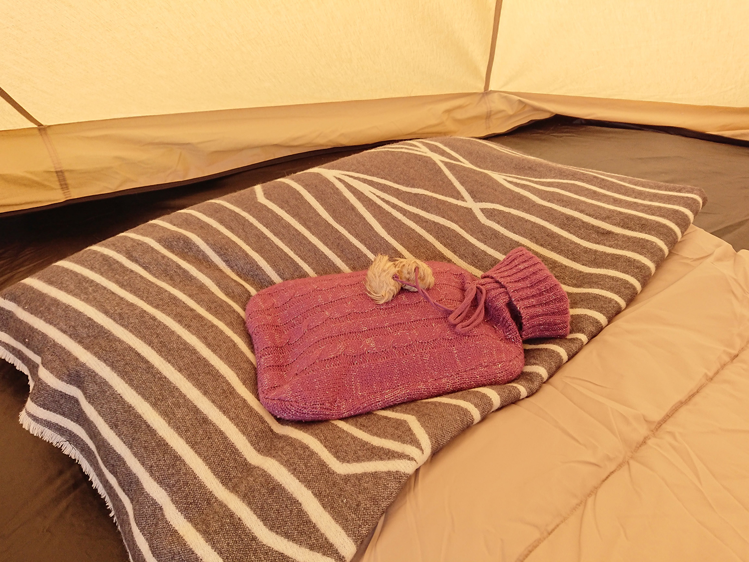 stay warm when camping